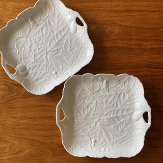 ナルミ(NARUMI)の新品未使用 NARUMI ナルミ 大皿 ハンドル付き プレート 食器 2枚セット(食器)