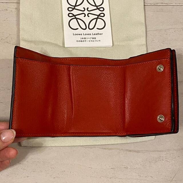LOEWE(ロエベ)のロエベ 三つ折り ウォレット レディースのファッション小物(財布)の商品写真