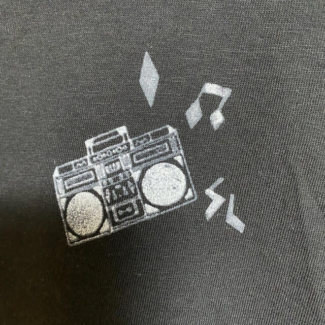 Saint Laurent(サンローラン)の新品 本物 国内正規品 サンローラン メンズ Tシャツ 黒 ロゴ ラジカセ M メンズのトップス(Tシャツ/カットソー(半袖/袖なし))の商品写真
