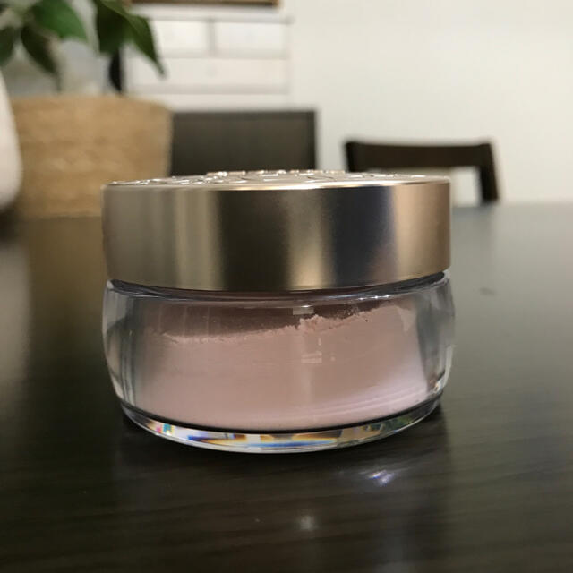 COSME DECORTE(コスメデコルテ)のコスメデコルテ フェイスパウダー 80 glow pink 20g コスメ/美容のベースメイク/化粧品(フェイスパウダー)の商品写真
