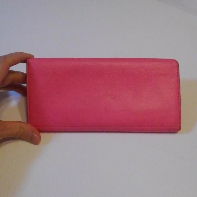 IL BISONTE(イルビゾンテ)の正規品 IL BISONTE ピンク 長財布 レディースのファッション小物(財布)の商品写真