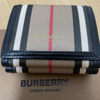 BURBERRY - 【超美品】Burberry⭐️三つ折り財布