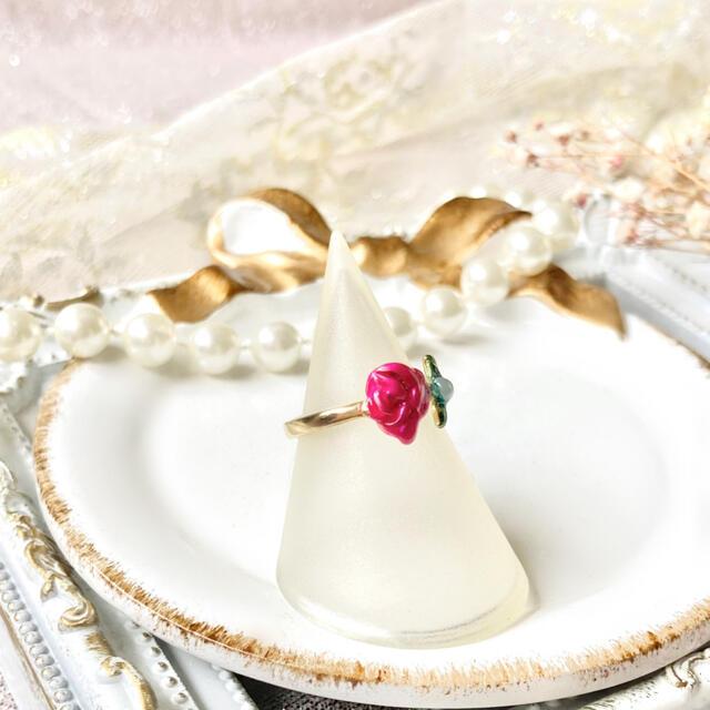 Lily Brown(リリーブラウン)のガーリーレトロ 一輪の薔薇のリング 指輪 フェミニン クラシカル ハンドメイドのアクセサリー(リング)の商品写真