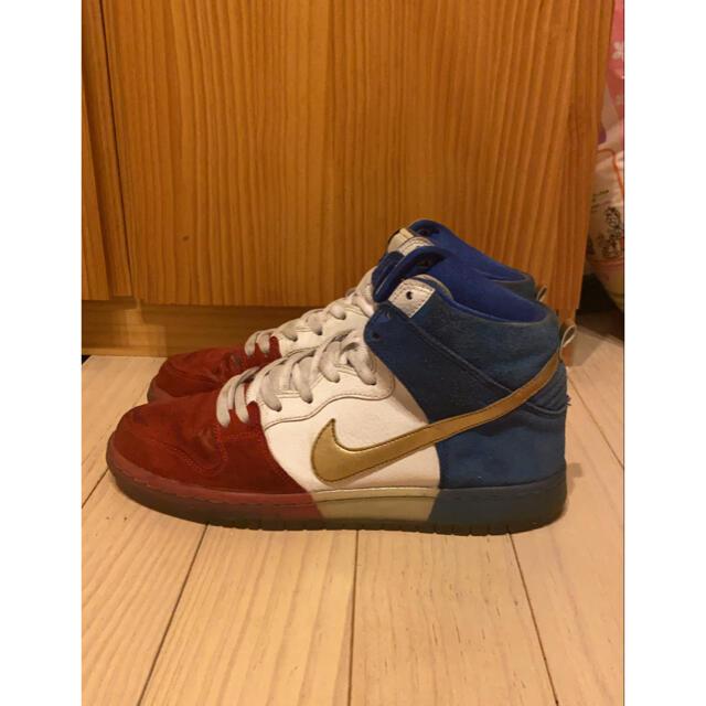 NIKE(ナイキ)の【超激レアカラー】NIKE dunk high トリコロールカラー メンズの靴/シューズ(スニーカー)の商品写真