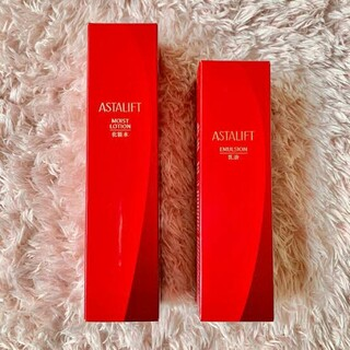 ASTALIFT - 化粧水、乳液セット アスタリフト