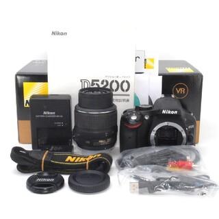 Nikon - 持ち運びにも便利な軽量カメラ♪Nikon D5200 レンズキット