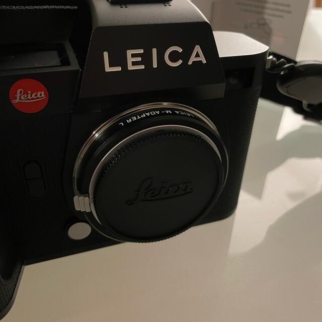 LEICA(ライカ)の6月28まで Leica SL2 アダプター セット  スマホ/家電/カメラのカメラ(ミラーレス一眼)の商品写真