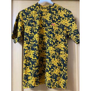 シュプリーム(Supreme)のSupreme small box logo Tee  ブラックフローラル(Tシャツ/カットソー(半袖/袖なし))