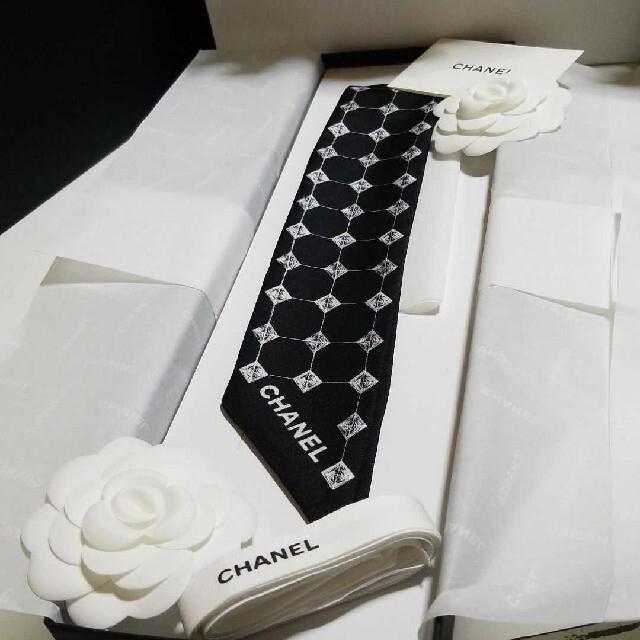CHANEL(シャネル)のCHANEL☆ツイリー/ヘアバンド/スカーフ☆ レディースのヘアアクセサリー(ヘアバンド)の商品写真