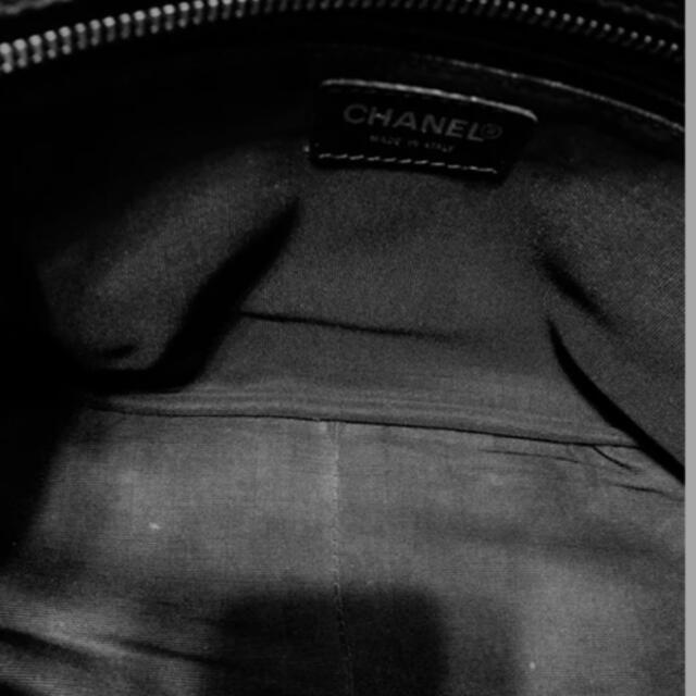 CHANEL(シャネル)の322売りきれました レディースのバッグ(トートバッグ)の商品写真