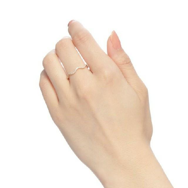 COCOSHNIK(ココシュニック)のココシュニック ダイヤモンドウエーブハーフエタニティリング レディースのアクセサリー(リング(指輪))の商品写真