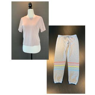 ヴィクトリアズシークレット(Victoria's Secret)のアメリカ楽ちんウェアセット とろみベルベットTシャツ&レインボースウェット(Tシャツ(半袖/袖なし))