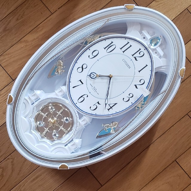 CITIZEN(シチズン)の美品CITIZEN シチズン~パルミューズクイーンダム電波掛け時計 インテリア/住まい/日用品のインテリア小物(掛時計/柱時計)の商品写真