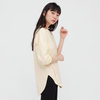 ユニクロ(UNIQLO)のコットンロングシャツテールT(長袖)新品未使用品(Tシャツ(長袖/七分))