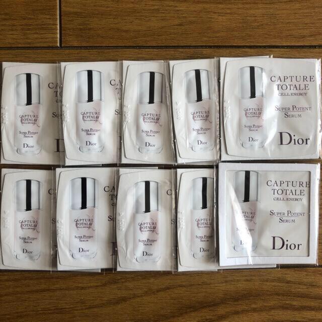 Dior(ディオール)のDior カプチュールトータルセラム10袋 コスメ/美容のスキンケア/基礎化粧品(美容液)の商品写真