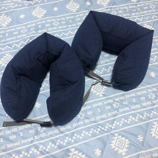 ムジルシリョウヒン(MUJI (無印良品))の【90分限定価格】無印良品 ネックピロー フード付き 2個セット(旅行用品)