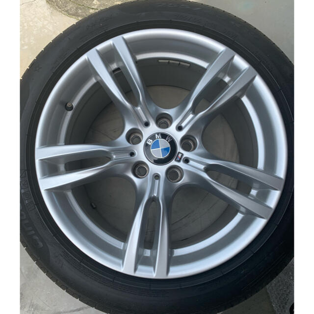 BMW(ビーエムダブリュー)のBMW 純正ダブルスポーク18インチ  自動車/バイクの自動車(タイヤ・ホイールセット)の商品写真
