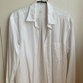 コモリ(COMOLI)のcomoli コモリ シャツ サイズ1 ホワイト(シャツ)