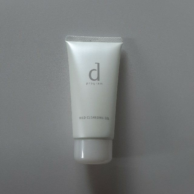 d program(ディープログラム)の資生堂 dプログラム マイルドクレンジングジェル  敏感肌用(125g) コスメ/美容のスキンケア/基礎化粧品(クレンジング/メイク落とし)の商品写真