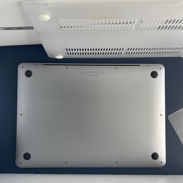 Mac (Apple)(マック)のMacBook air 2018 充放電回数6回 スマホ/家電/カメラのPC/タブレット(ノートPC)の商品写真
