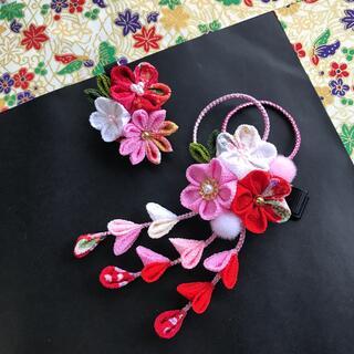 赤とピンク 髪飾りセット ヘアクリップ  七五三 結婚式 卒業式 成人式 浴衣