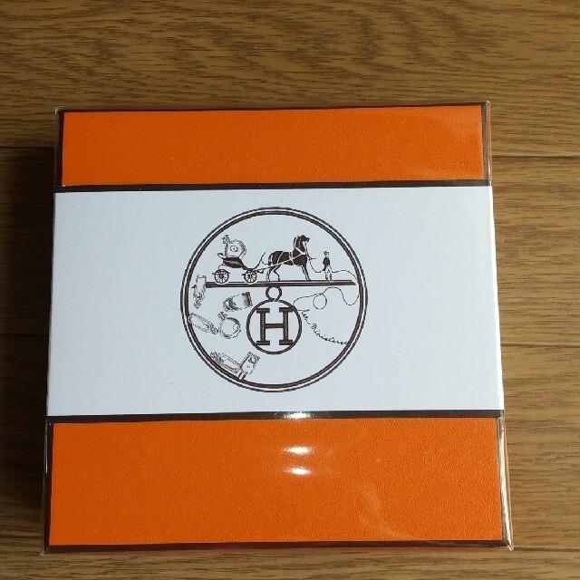 Hermes(エルメス)の[新品] HERMES 香水と付せんセット  コスメ/美容の香水(香水(女性用))の商品写真