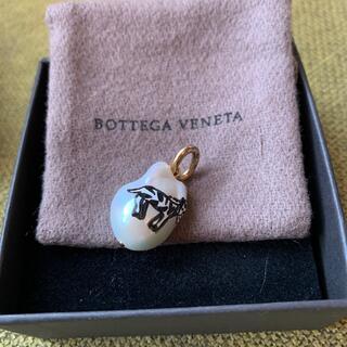 ボッテガヴェネタ(Bottega Veneta)のbottega veneta ボッテガ ヴェネタ パール ペンダントトップ(ネックレス)