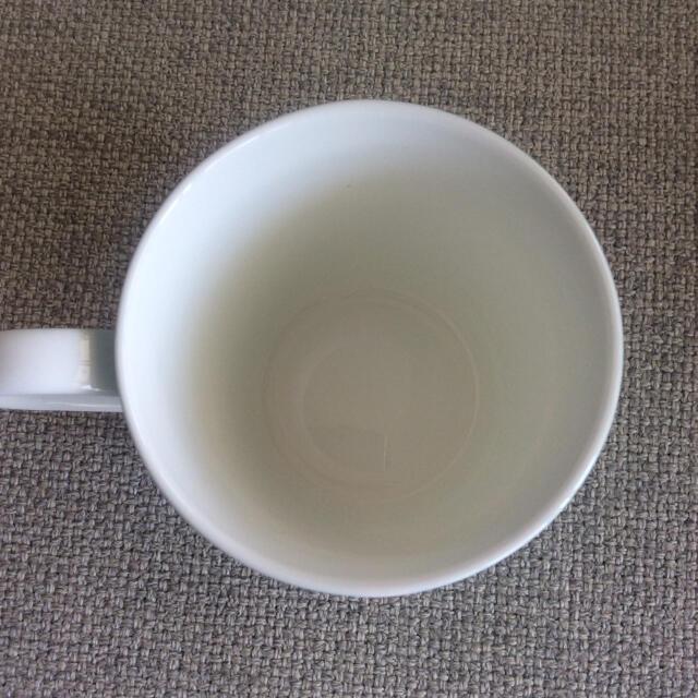 Tiffany & Co.(ティファニー)の【ショウ様専用】TIFFANY&Co. ブルーリボン ペアマグカップ インテリア/住まい/日用品のキッチン/食器(グラス/カップ)の商品写真
