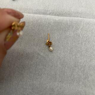 ジュエリーツツミ(JEWELRY TSUTSUMI)のリボンパール小さめピアスk18金ゴールド揺れる(ピアス)