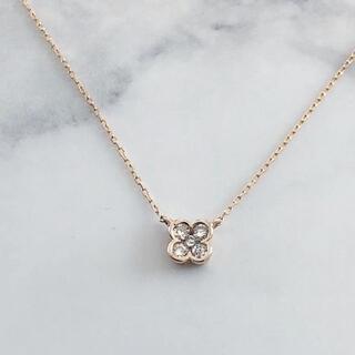 ヨンドシー(4℃)の美品 K18 フラワー ダイヤモンドネックレス ジュエリーショップ購入(ネックレス)