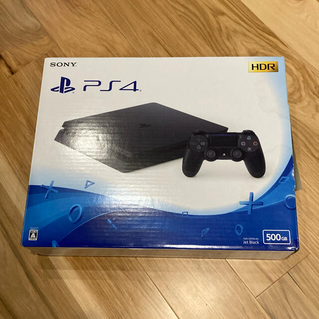 PlayStation4(プレイステーション4)のPS4 本体 500GB ジェット・ブラック cuh-2200ab01 エンタメ/ホビーのゲームソフト/ゲーム機本体(家庭用ゲーム機本体)の商品写真