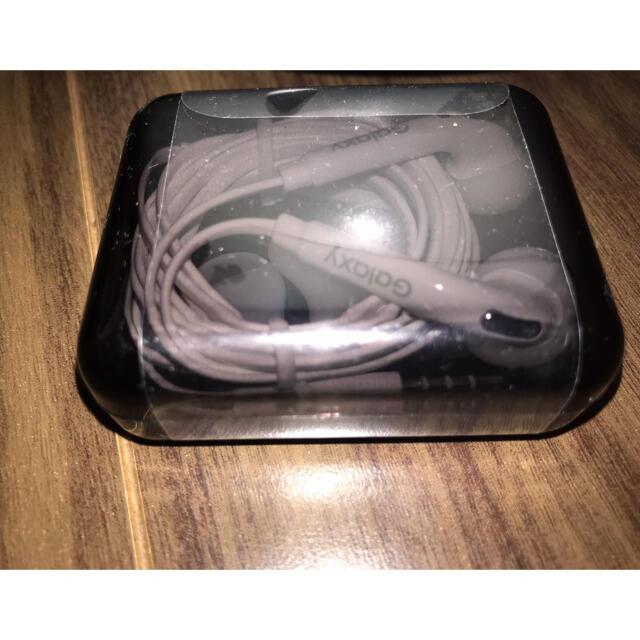 Galaxy(ギャラクシー)のGalaxyイヤホン スマホ/家電/カメラのオーディオ機器(ヘッドフォン/イヤフォン)の商品写真