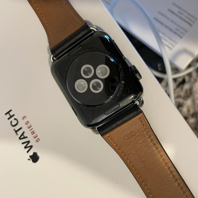 Apple Watch(アップルウォッチ)のApple Watch 3 GPS+セルラーモデル 38㎜ カーフレザーベルト付 メンズの時計(腕時計(デジタル))の商品写真