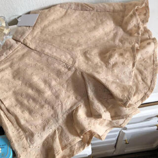 フーズフーチコ(who's who Chico)のコットンレース裾フリルショートパンツ(ショートパンツ)
