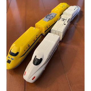 タカラトミー(Takara Tomy)のプラレール ドクターイエローとN700系新幹線(電車のおもちゃ/車)