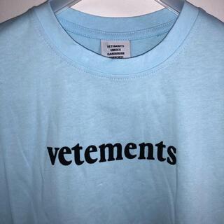 VETEMENTS Tシャツ(Tシャツ/カットソー(半袖/袖なし))
