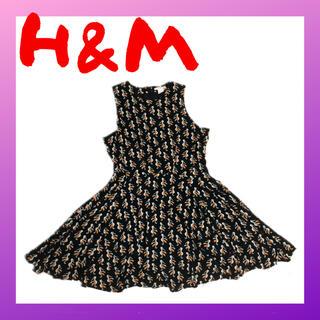 エイチアンドエム(H&M)のH&M ワンピース 膝上 aライン 黒 鳥柄 sサイズ(ミニワンピース)
