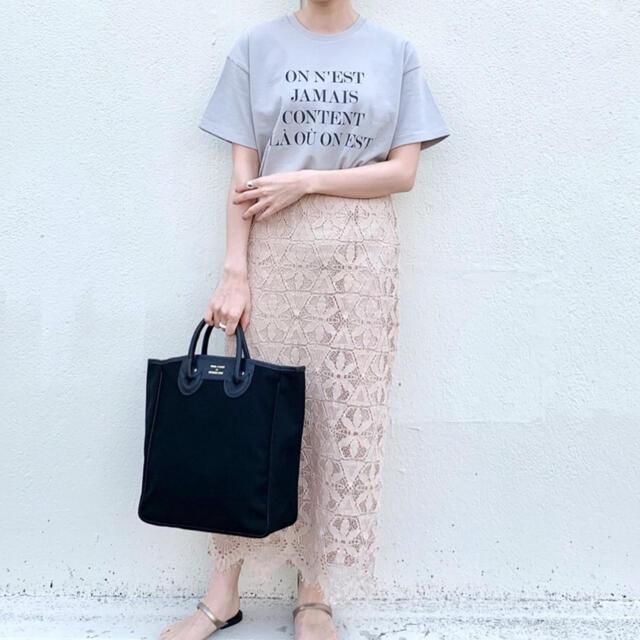 IENA(イエナ)のイエナ Le Petit Prince ロゴTシャツ 星の王子さま 美品 レディースのトップス(Tシャツ(半袖/袖なし))の商品写真