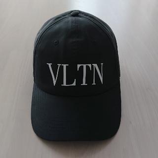 VALENTINO - VALENTINO ヴァレンティノ VLTN  キャップ