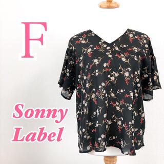 サニーレーベル(Sonny Label)のSonny Label サニーレーベル 半袖トップス フラワープリント(シャツ/ブラウス(半袖/袖なし))