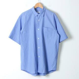 コモリ(COMOLI)の19ss comoli コモリショートスリーブシャツ サックス(シャツ)