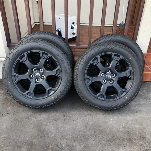 トヨタ(トヨタ)のRAV4 アドベンチャー オフロードパッケージ 純正ホイール  自動車/バイクの自動車(タイヤ・ホイールセット)の商品写真