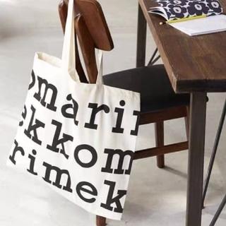 マリメッコ(marimekko)のマリメッコ ロゴ トートバッグ ブラック Marimekko 大きめ 大容量(トートバッグ)