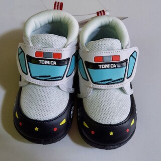 新品 15cm トミカ スニーカー 靴 パトカー 男の子用