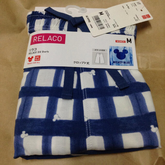 UNIQLO(ユニクロ)の新品 リラコ クロップド丈 ポケット付き 女性用 Mサイズ ミッキー ユニクロ レディースのルームウェア/パジャマ(ルームウェア)の商品写真