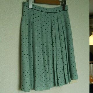 エニィスィス(anySiS)のany SiS(エニィスィス)の膝丈スカート Mサイズ(ひざ丈スカート)