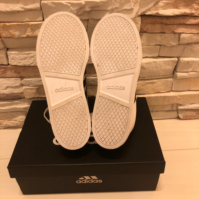 adidas(アディダス)のアディダス adidas スニーカー 美品 レディースの靴/シューズ(スニーカー)の商品写真