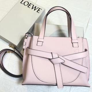 LOEWE - 【新品未使用】LOEWE ロエベ ゲートトップハンドルミニ バッグ ピンク