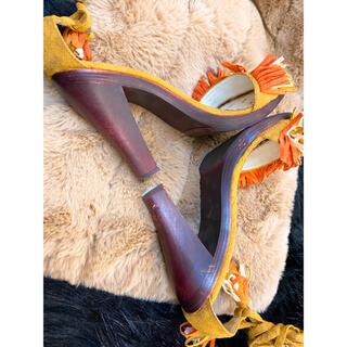 エスペランサ(ESPERANZA)の新品未使用品!フリンジが可愛いウッドサンダル 黄色・オレンジ・白 トリコロール(サンダル)