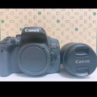 キヤノン(Canon)のCanon kiss x8i Wズームキット(デジタル一眼)